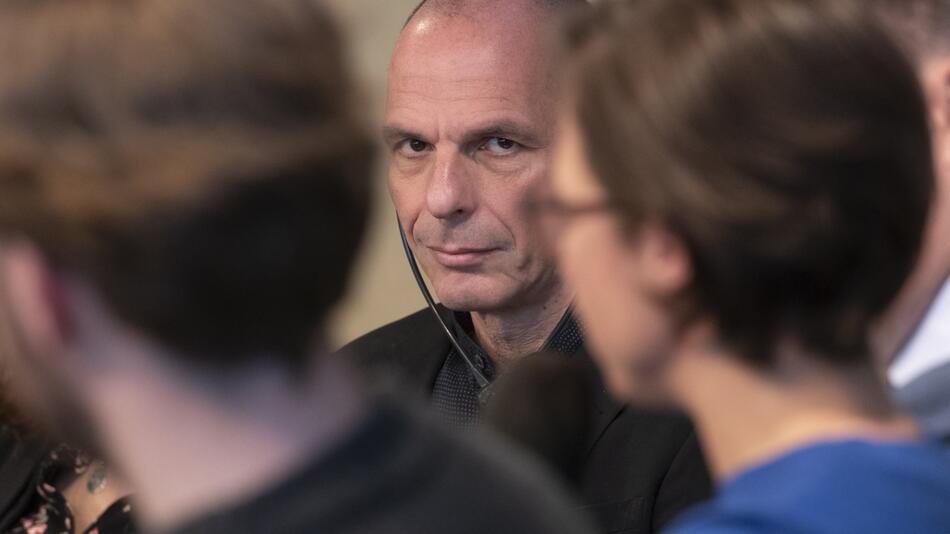 Gianis Varoufakis visits Berlin
