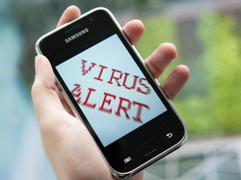 Bild zu Smartphone-Viren