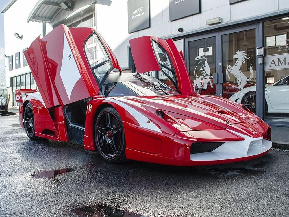 Für 12 Millionen Ferrari Enzo Fxx Evoluzione Mit Straßenzulassung Abzugeben Web De