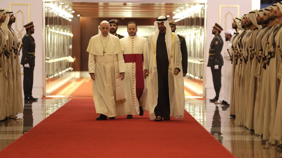 Papst Franziskus besucht die Vereinigten Arabischen Emirate