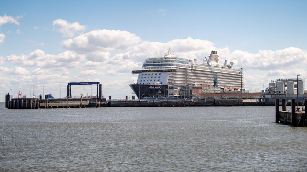 Mein Schiff 3, Kreuzfahrtschiff