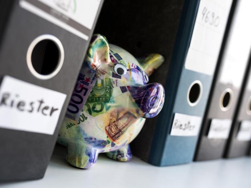 Bild zu Wer profitiert von der Riester-Rente