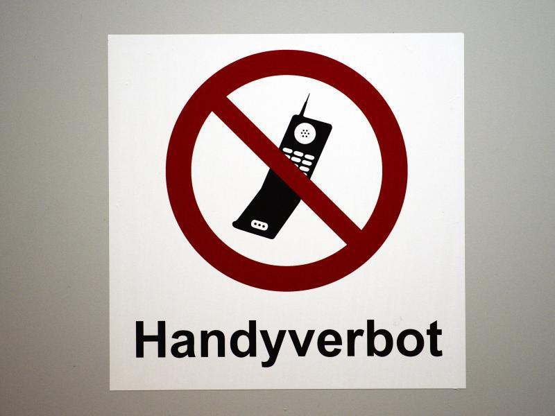 Bild zu Handyverbot