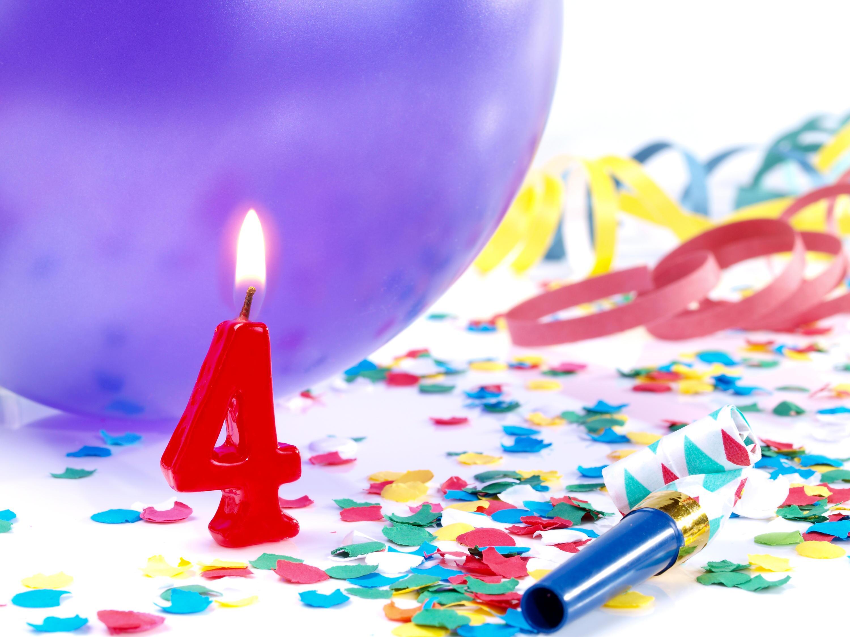 Bild zu geschenke, vierter geburtstag, kleinkind, geschenkideen, spielzeug, mädchen, jungen