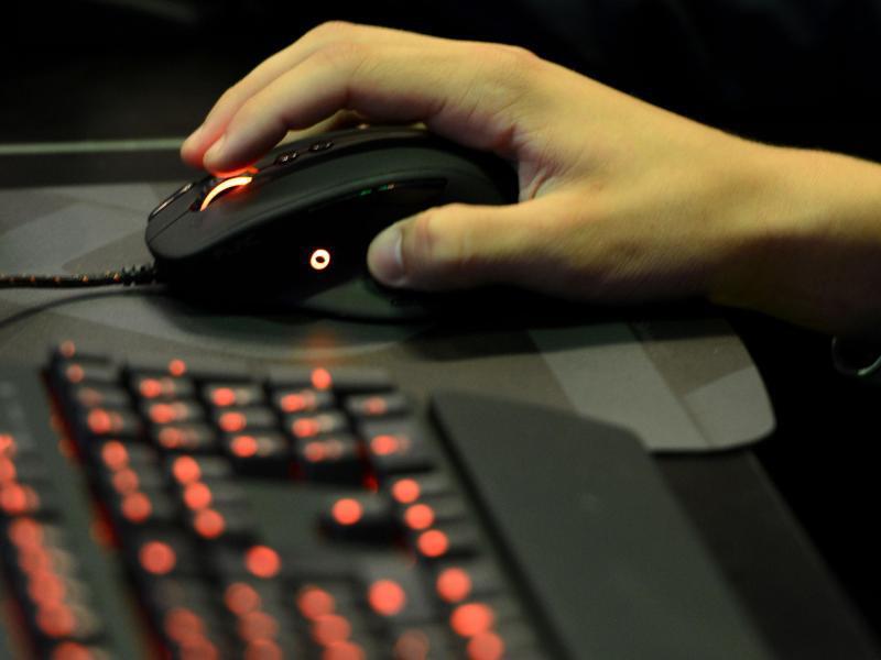 gute computer m use f r gamer kosten weniger als 100 euro web de. Black Bedroom Furniture Sets. Home Design Ideas