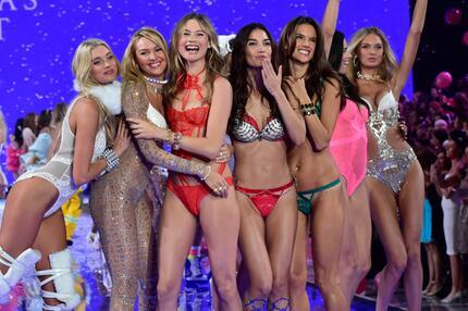 Victoria S Secret Fashion Show Welche Models