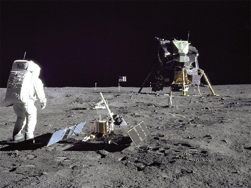 Bild zu Apollo 11