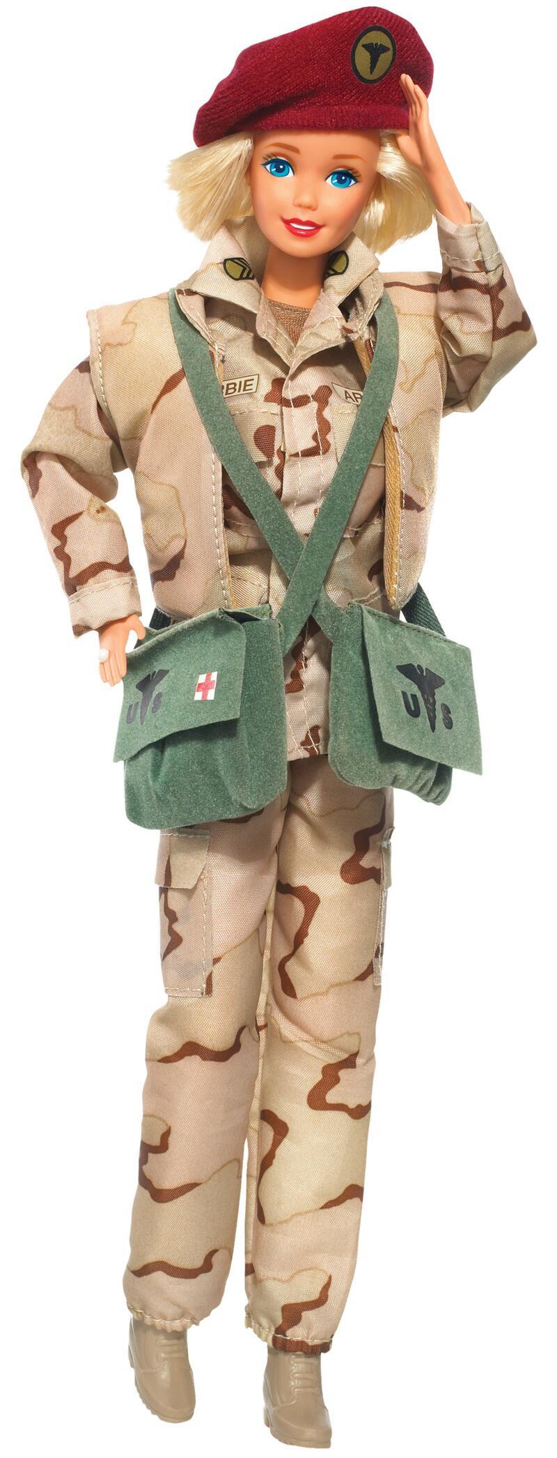 Bild zu 1993 - Militär - Barbie