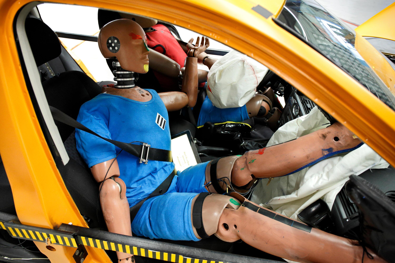 Bild zu ADAC, Crash-Test, Neifahrersitz