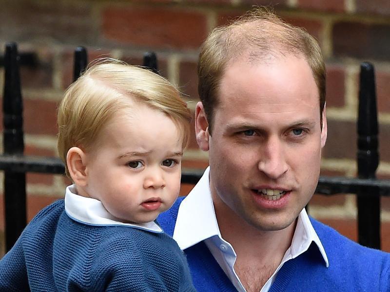 Bild zu Prinz William und Sohn George