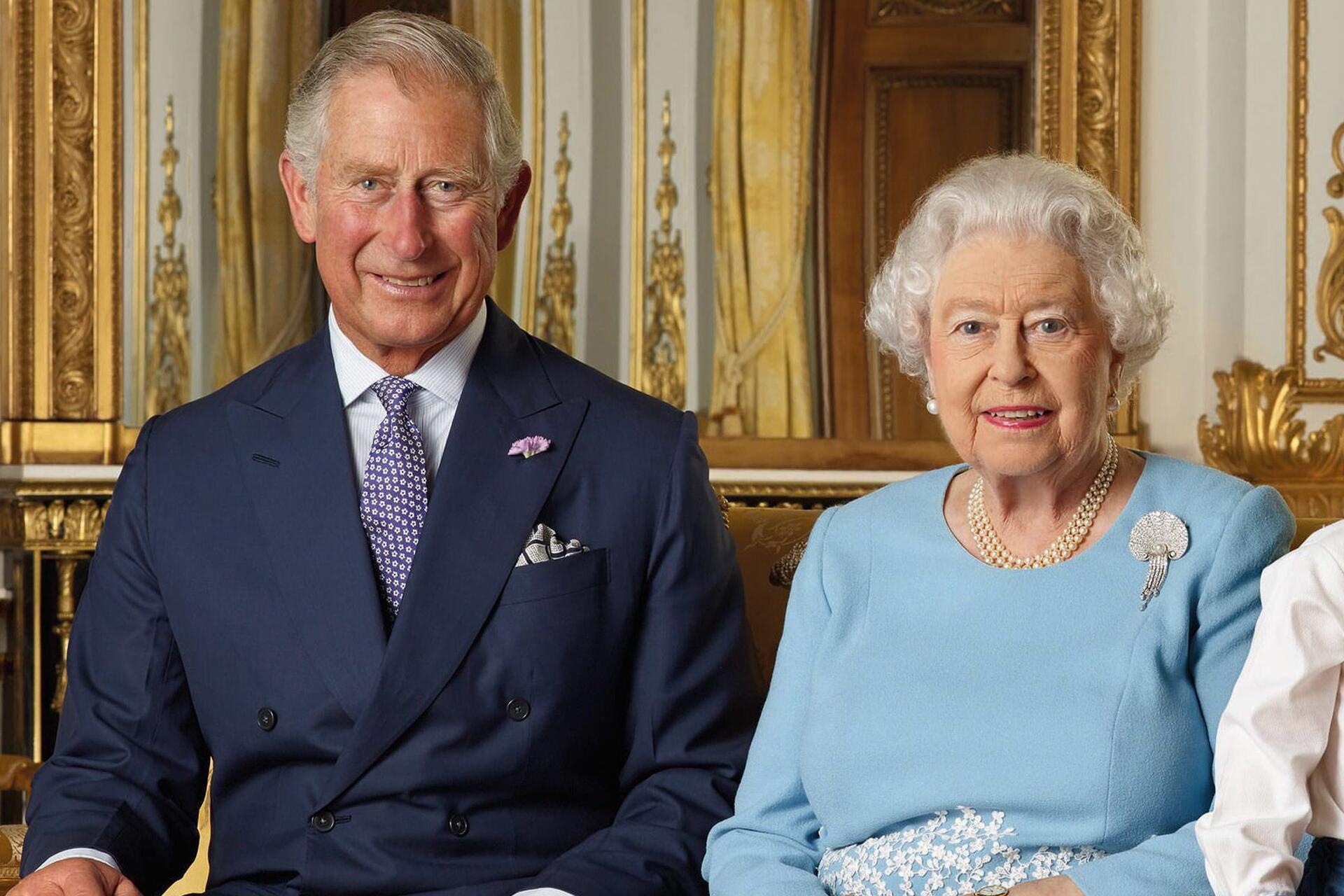 Bild zu Prince Charles, Queen Elizabeth, Royals