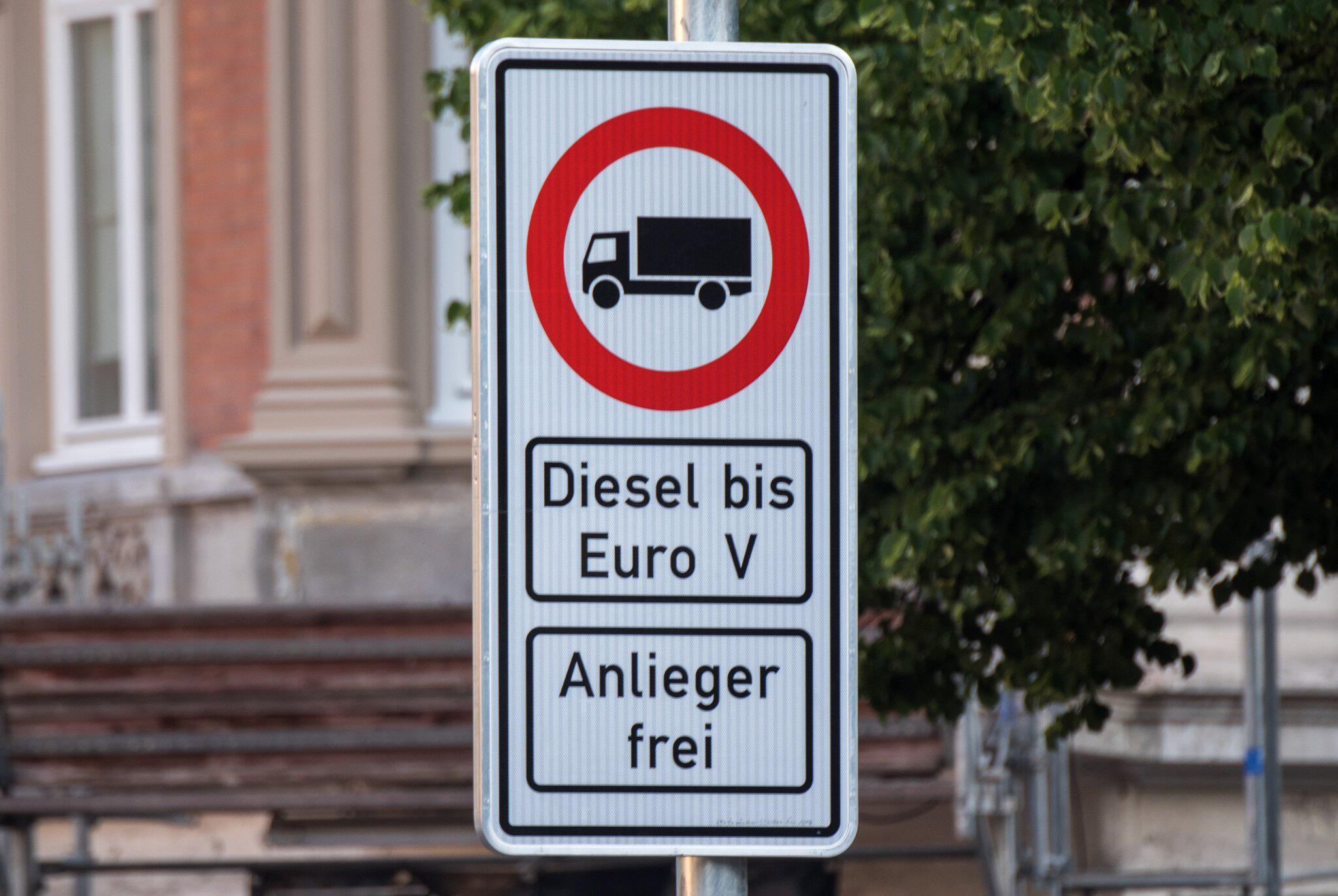 Bild zu Fahrverbot für Diesel-Fahrzeuge