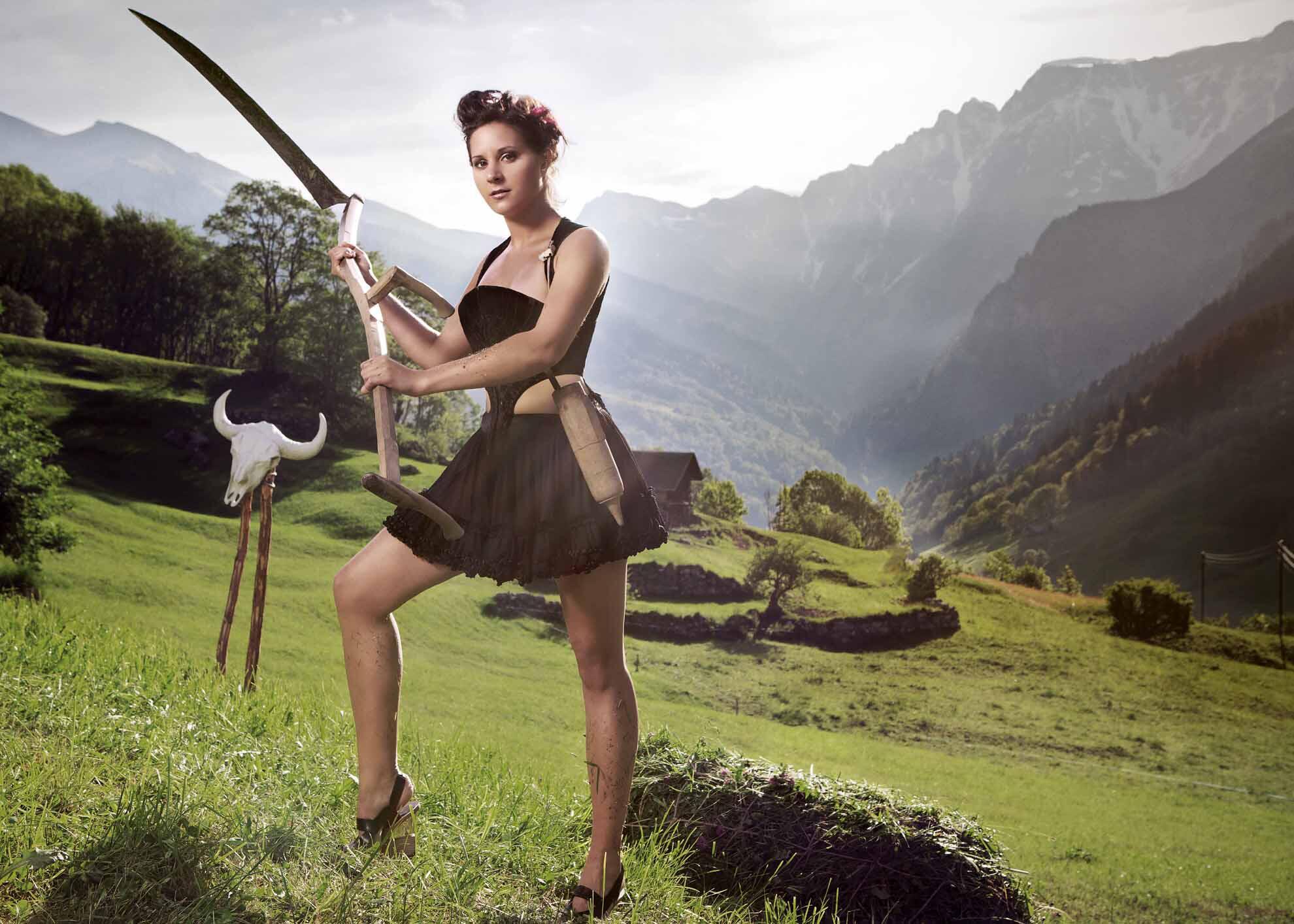 Bild zu Schweizer Bäuerin