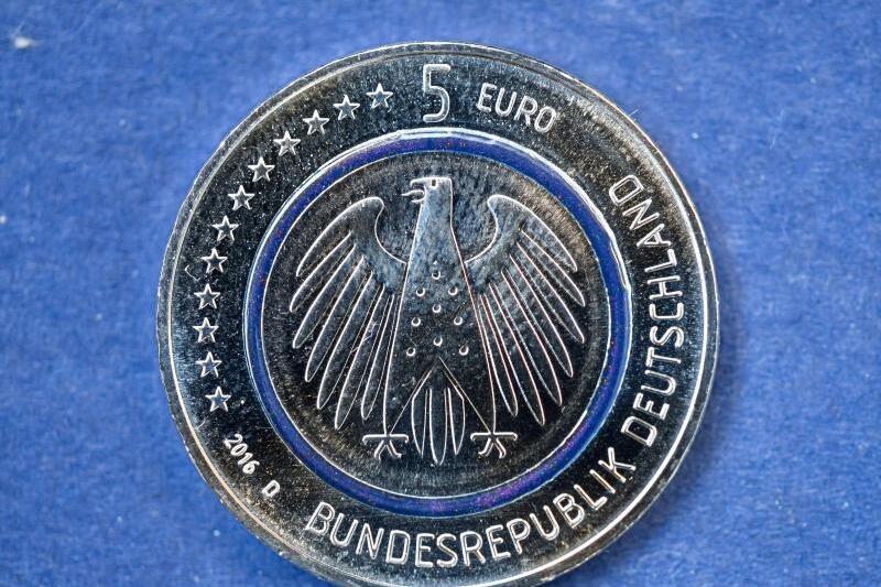 Fünf Euro Münze Für Deutschland Wie Zu Guten Alten D Mark Zeiten