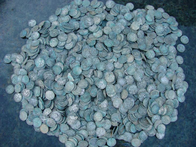 Bild zu Silberschatz in Lebus entdeckt