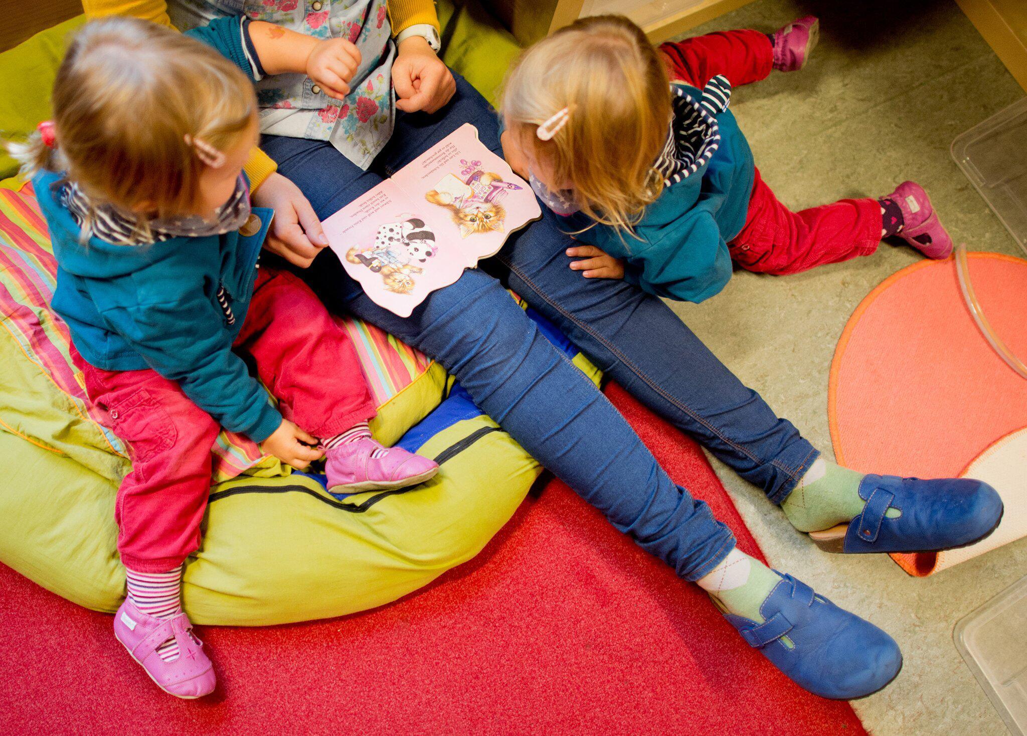 Kita Familien Durch Beiträge Ungleich Belastet Webde