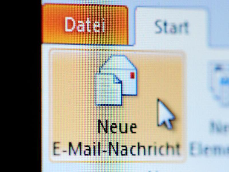 Bild zu Email an eine Behörde