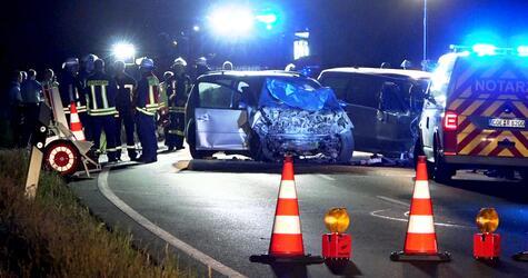 Unfall mit fünf Schwerverletzten