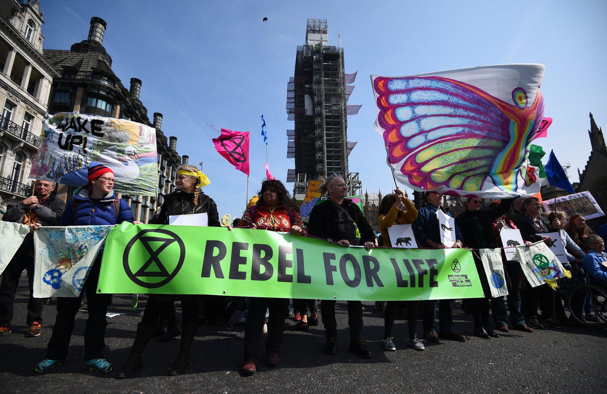 Bild zu Proteste für den Klimaschutz in Großbritannien