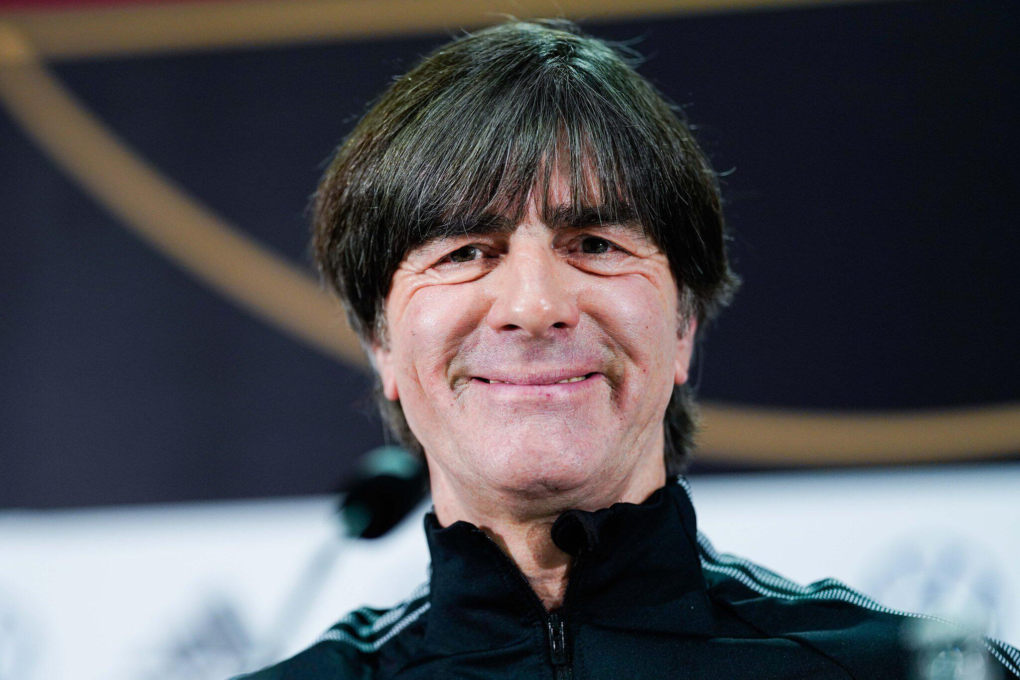 Bild zu Bundestrainer Löw