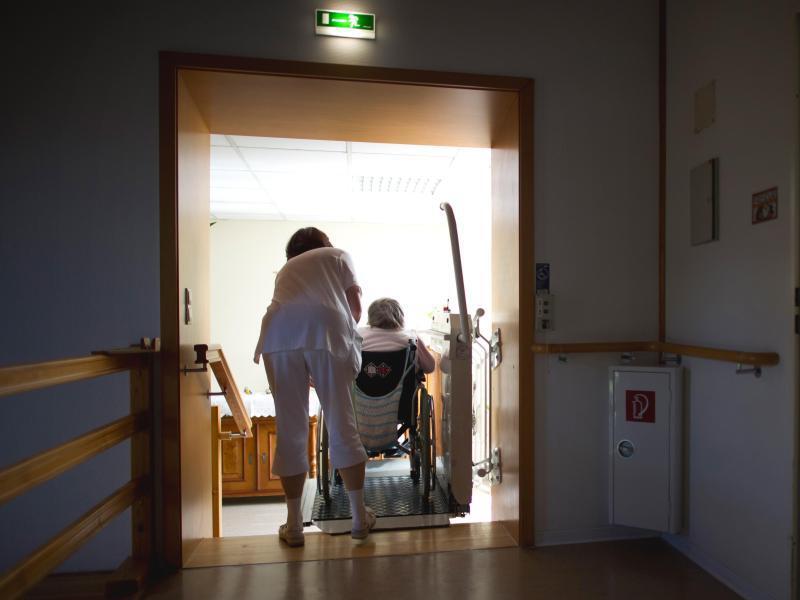Bild zu Für Pflegefall vorsorgen