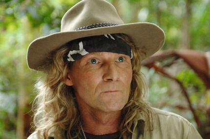 Der ratlose Rabenvater steckt im Dschungelfest: Vincent Raven.