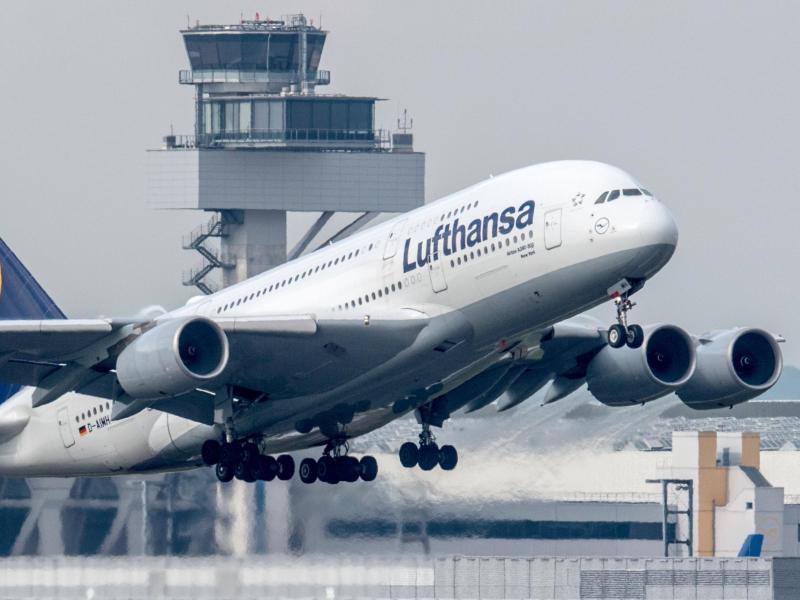 Bild zu Check-in bei Lufthansa