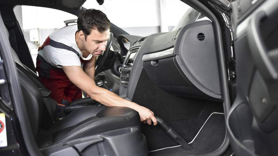 Auto saugen