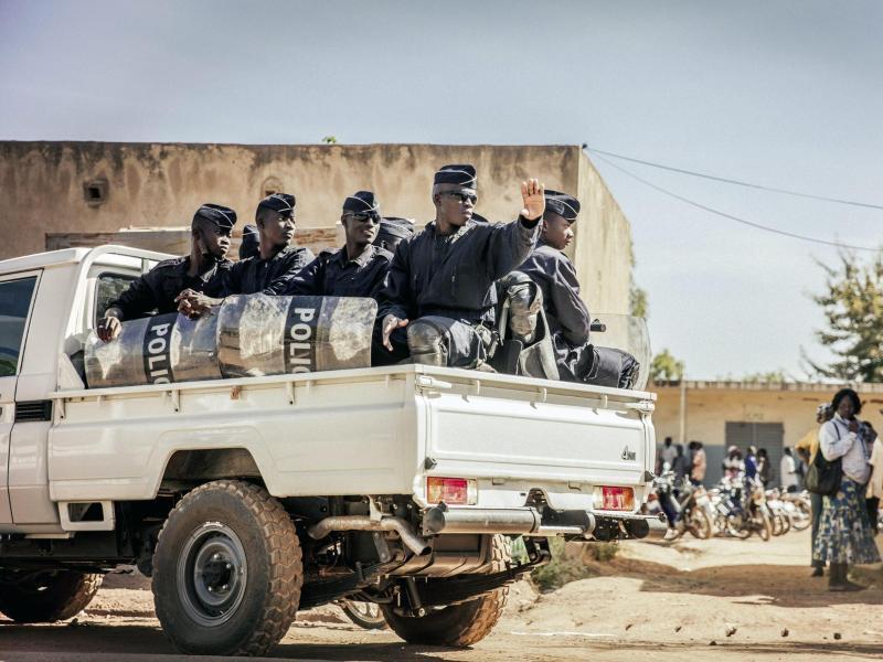 Bild zu Polizei in Ouagadougou