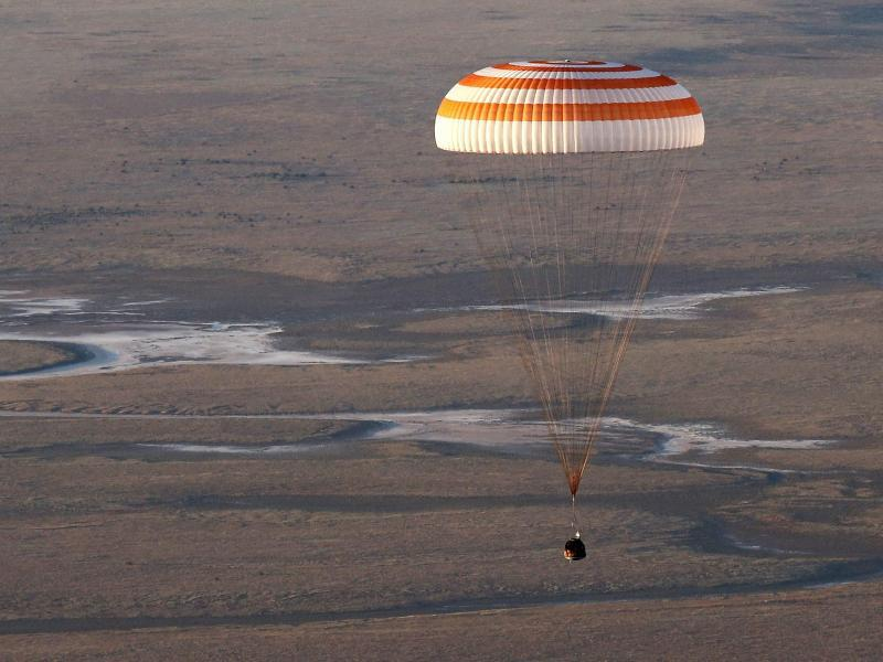 Bild zu Landung