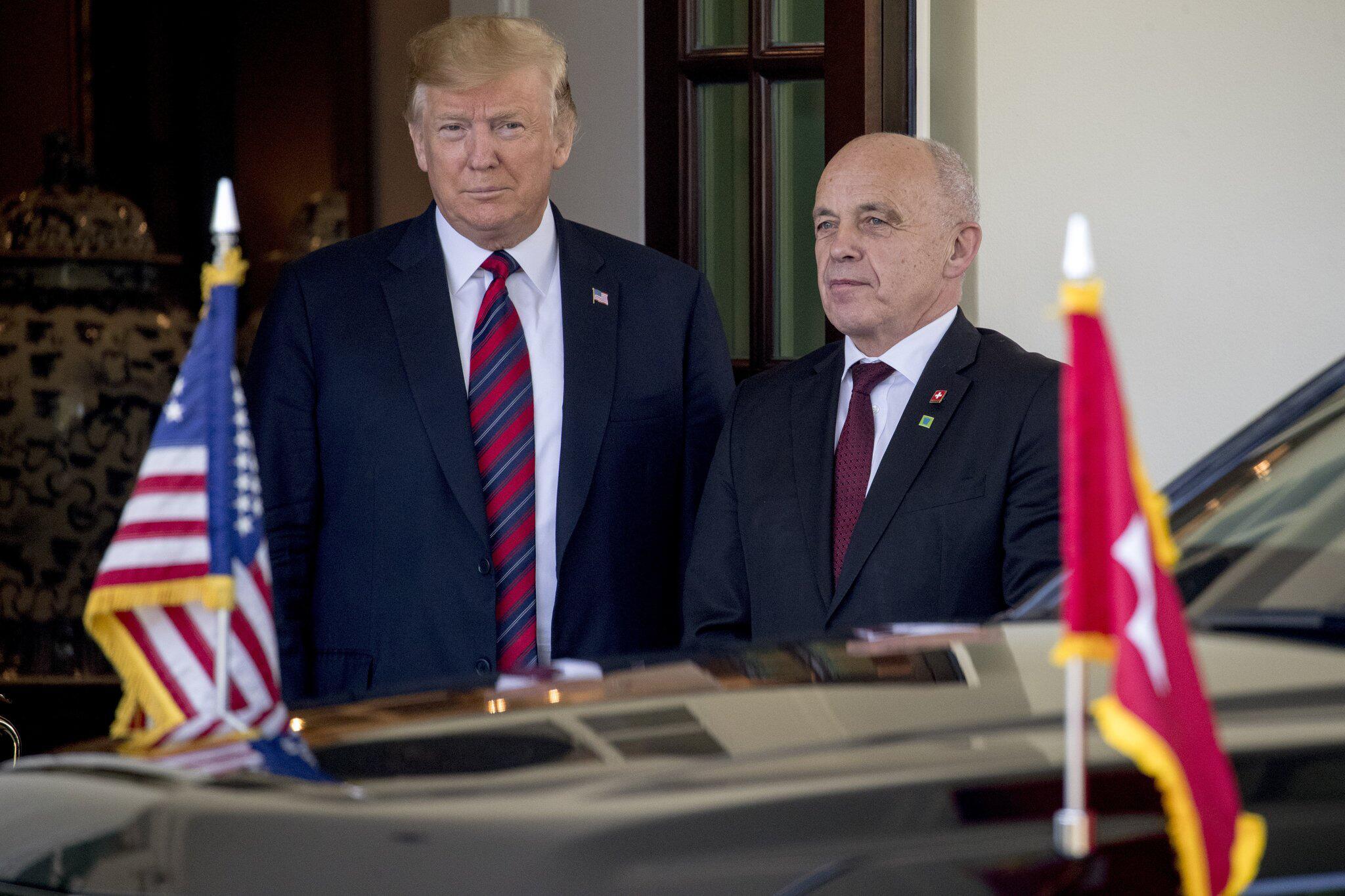 Bild zu Schweizer Bundespräsident Maurer besucht Washington