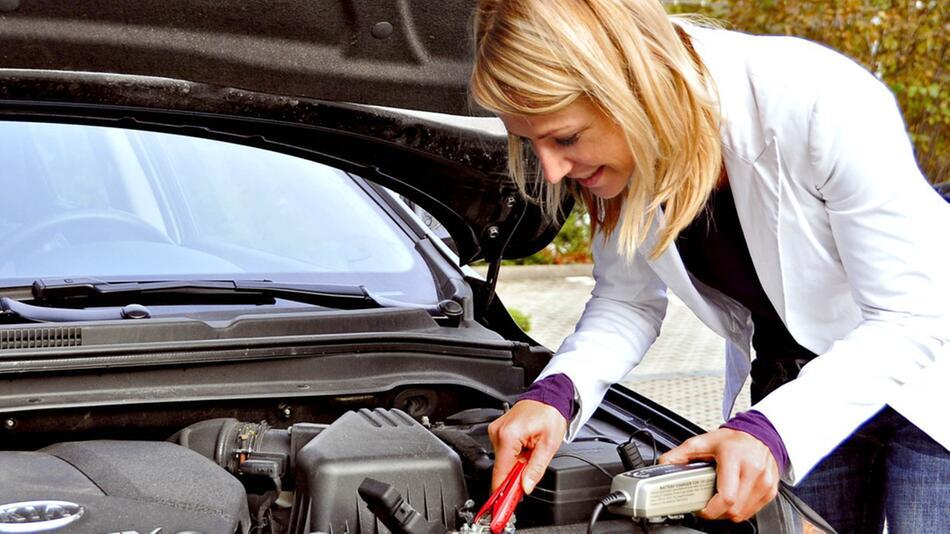 Autobatterie wechseln: Mit den richtigen Tipps ganz einfach