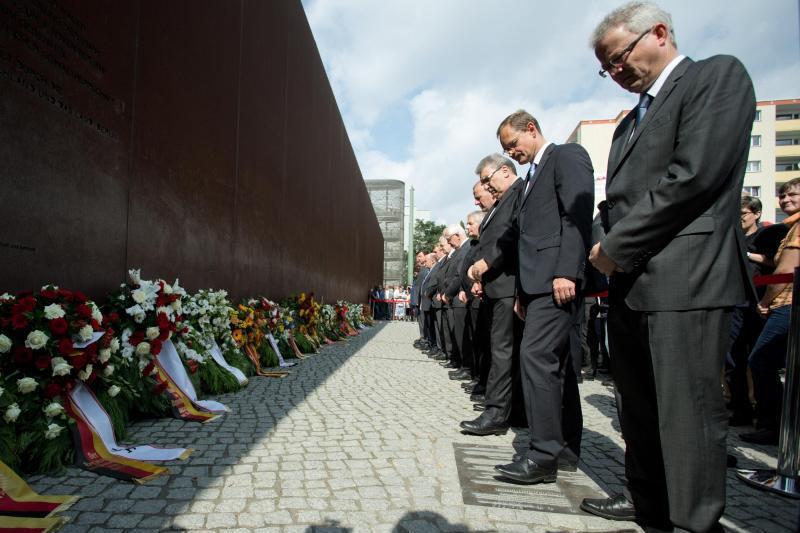 Gedenken anlässlich des Baus der Berliner Mauer