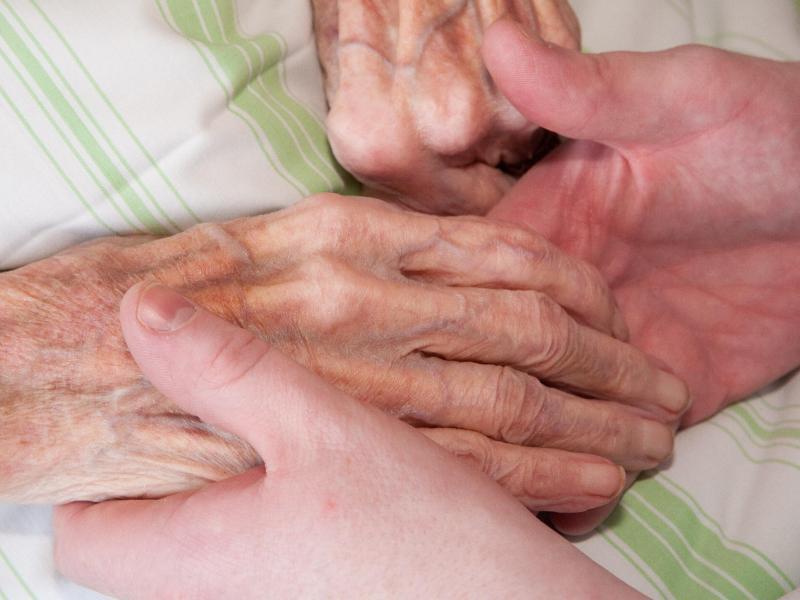 Bild zu Umzug ins Pflegeheim