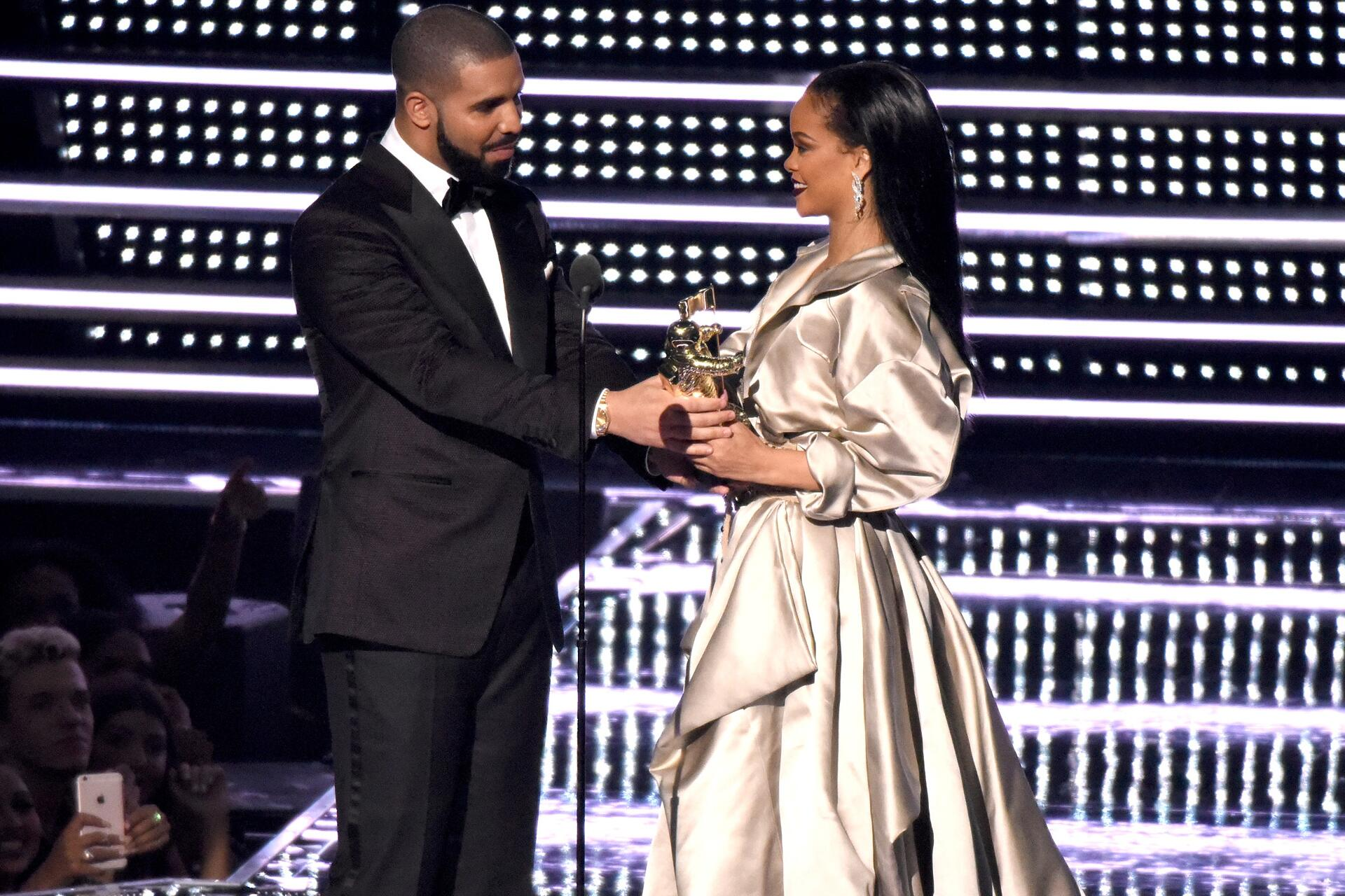 Bild zu Drake, Rihanna, MTV Video Music Awards