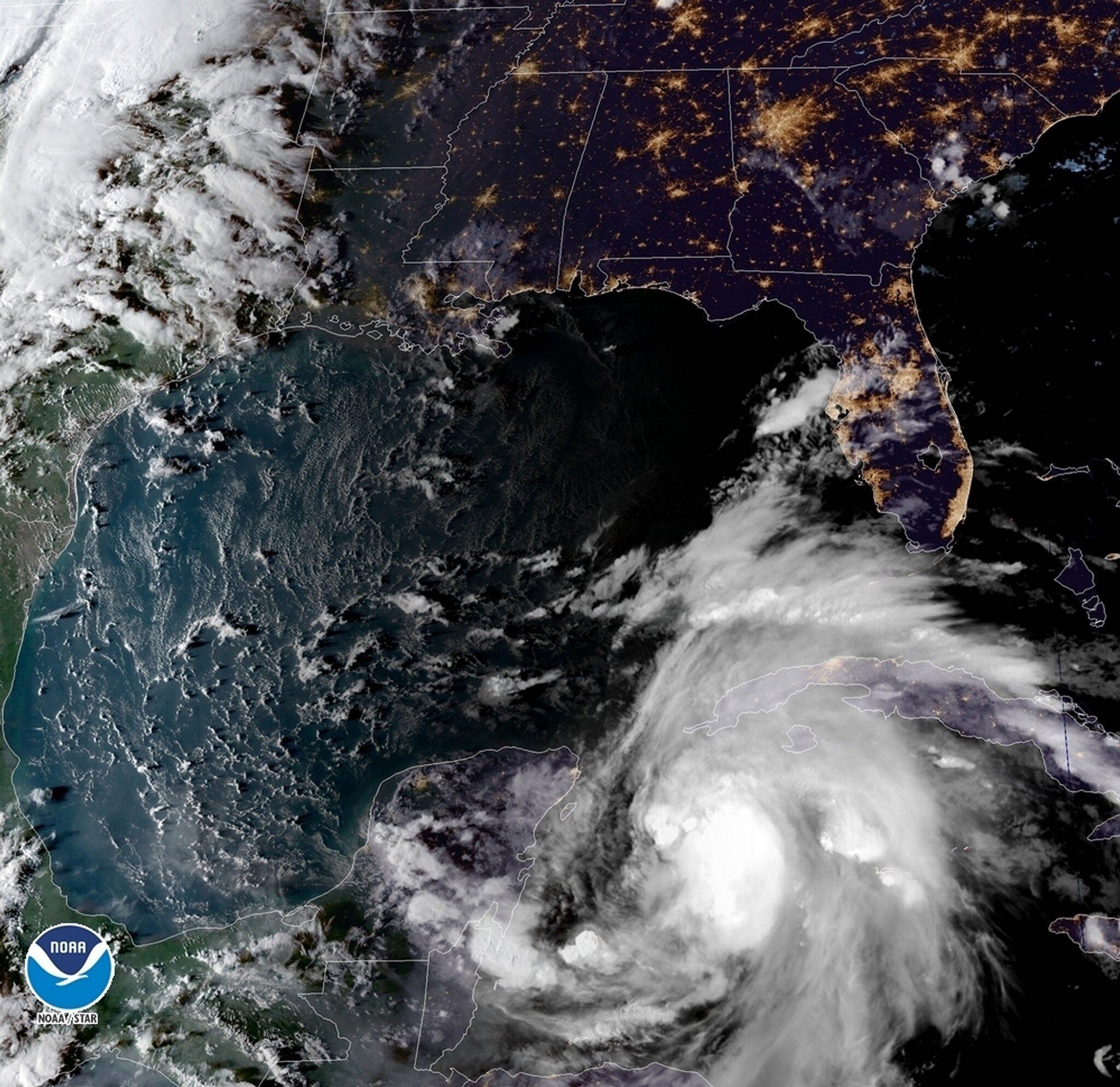 Bild zu Tropensturm «Michael»