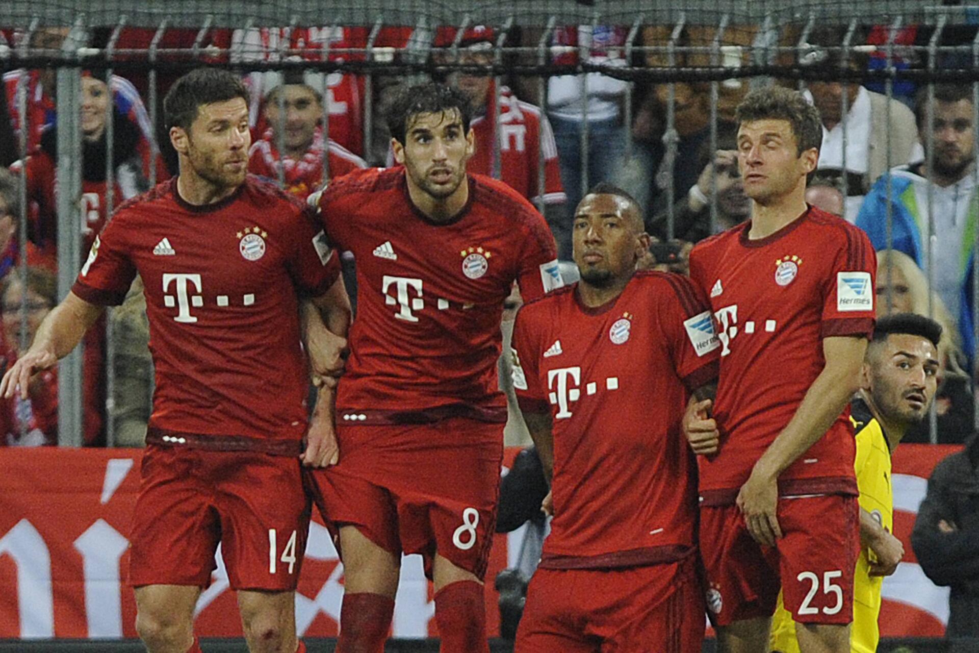 Bild zu Xabi Alonso, Javi Martinez, Jerome Boateng, Thomas Müller, FC Bayern München