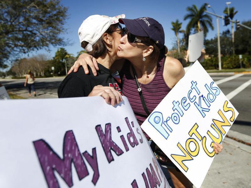 Bild zu Protest gegen US-Waffenrecht