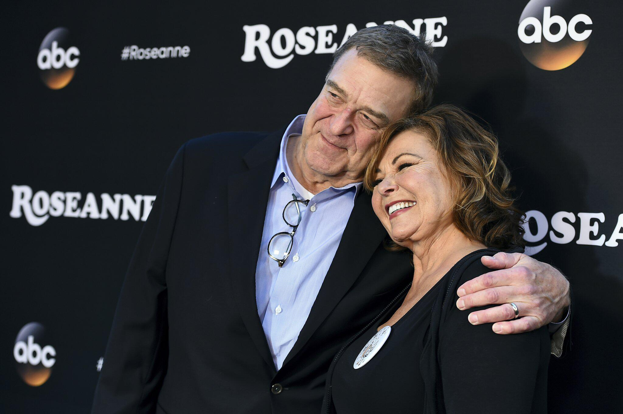 Bild zu Premiere, US-Fernsehserie, Roseanne, Roseanne Barr, John Goodman
