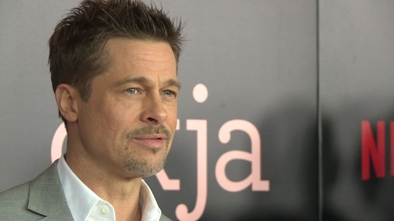 Bild zu Shiloh vermisst ihren Vater Brad Pitt