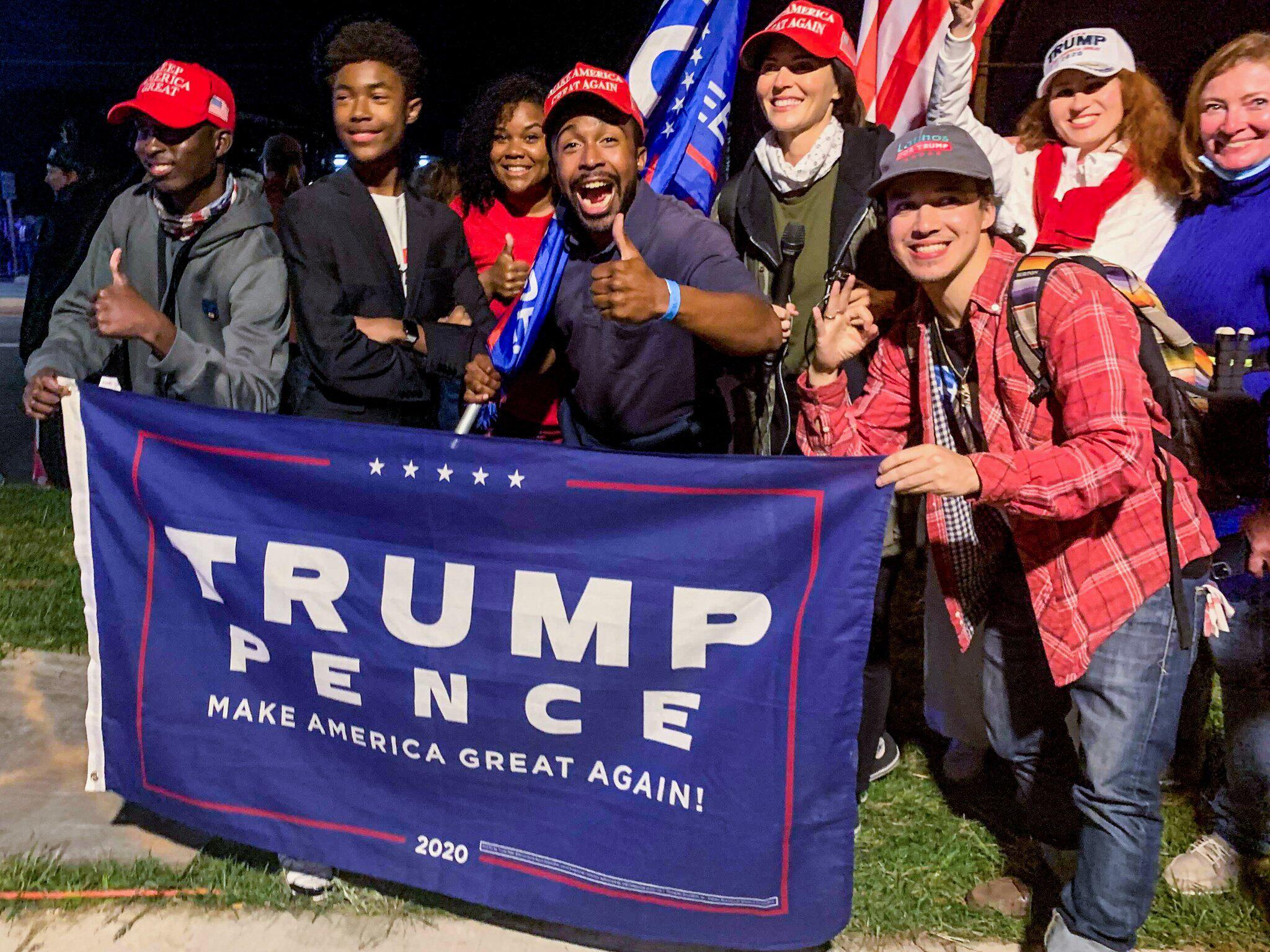 Bild zu Nach positivem Coronatest bei US-Präsident Trump