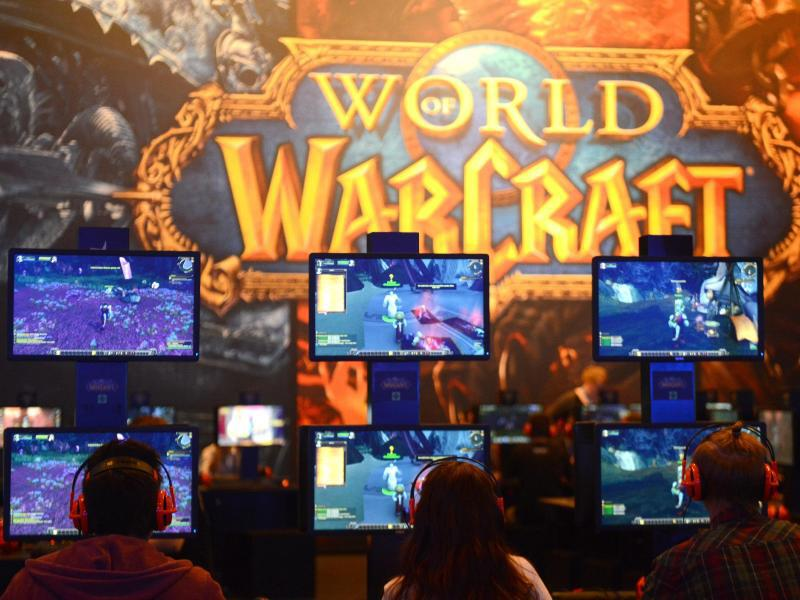 Bild zu Video-Gamer beim Spielen