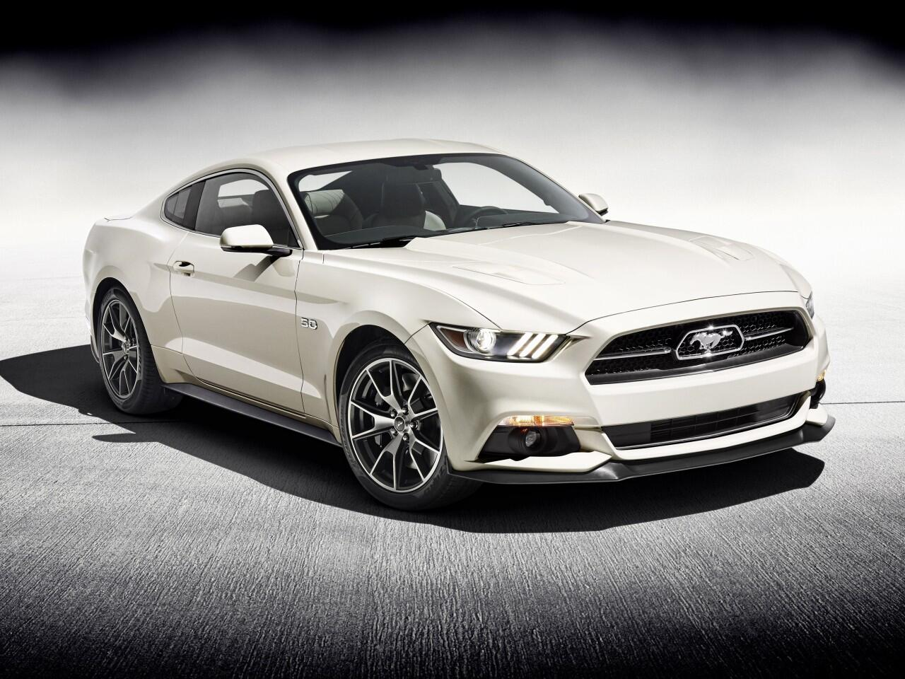 Bild zu Ford Mustang 50 Year Limited Edition