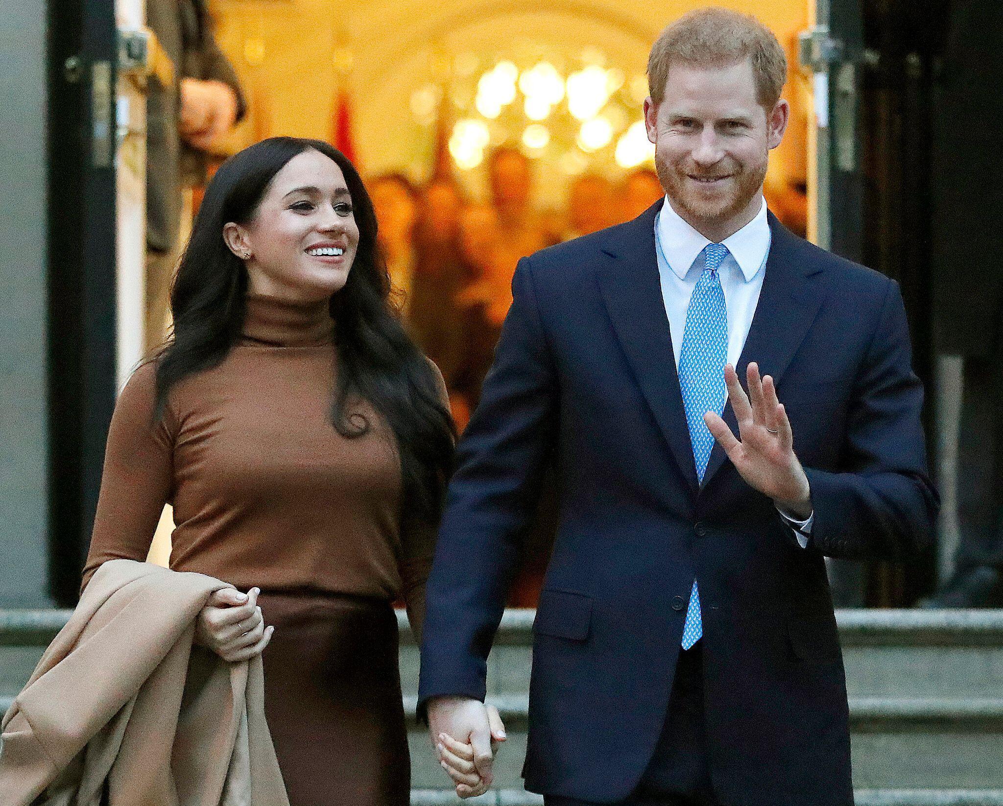 Bild zu Prinz Harry und Meghan erklären finalen Rückzug