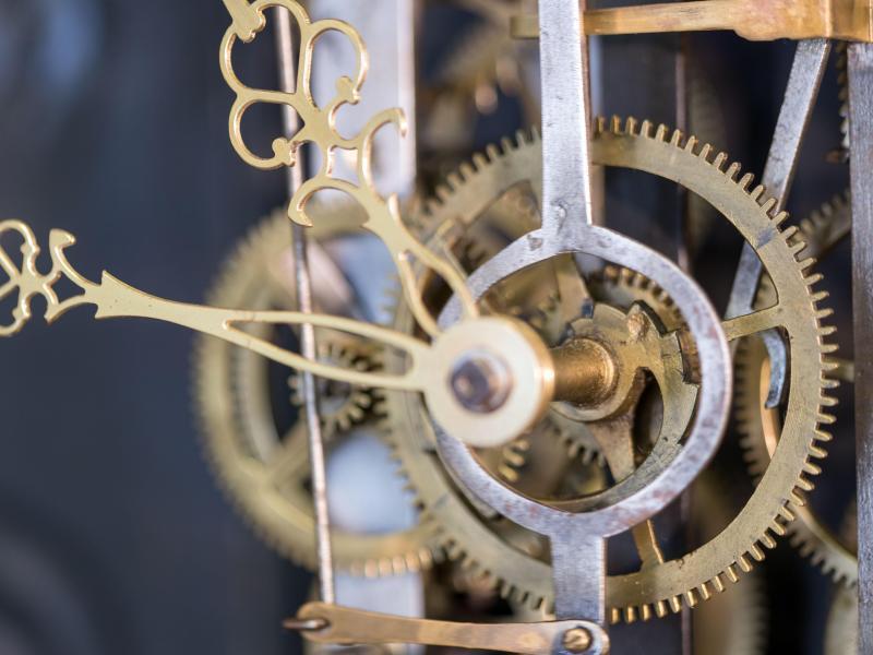 Bild zu Uhrmachermeister vor Zeitumstellung