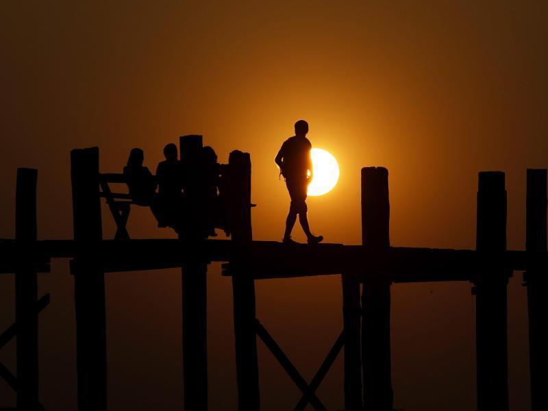 Bild zu U Pain Brücke in Mandalay, Myanmar