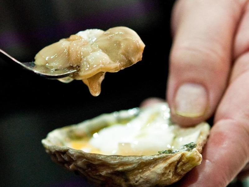 Bild zu Auster genießen