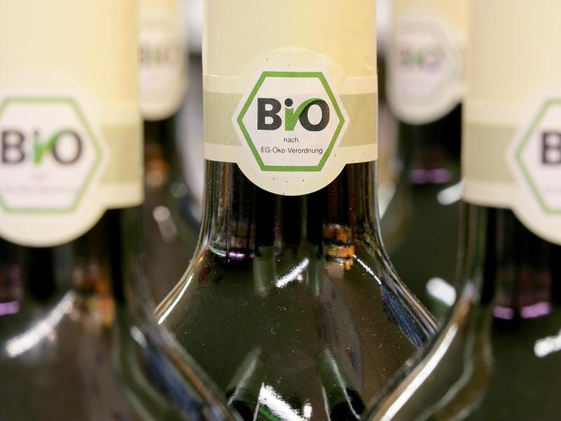Bild zu Bio-Weine im Regal