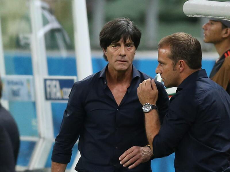 Bild zu Bundestrainer Joachim Löw