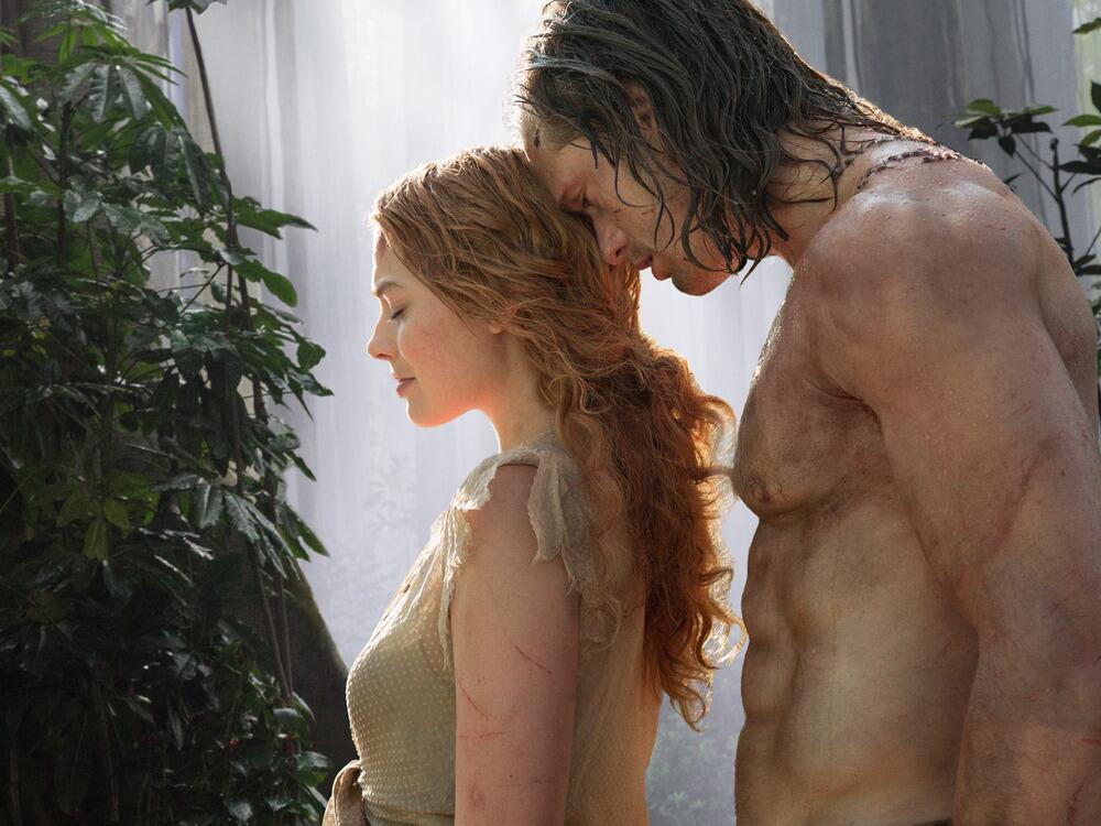 Bild zu Jane (Margot Robbie) und Tarzan (Alexander Skarsgard) kommen sich näher